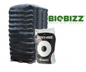 Ziemia BioBizz LIGHT-Mix 50L x65 (paleta)